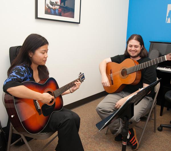 guitar lessons in houston vivaldi music academy. Black Bedroom Furniture Sets. Home Design Ideas