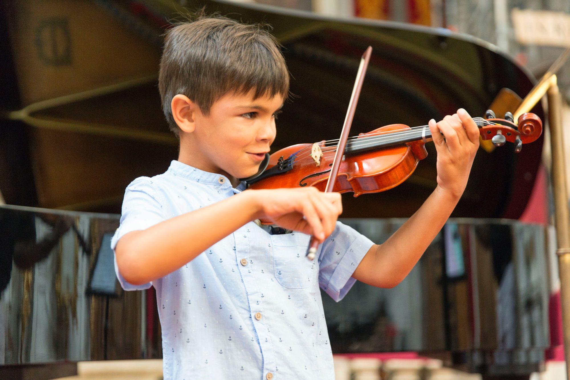 Venice | Violin student Alex