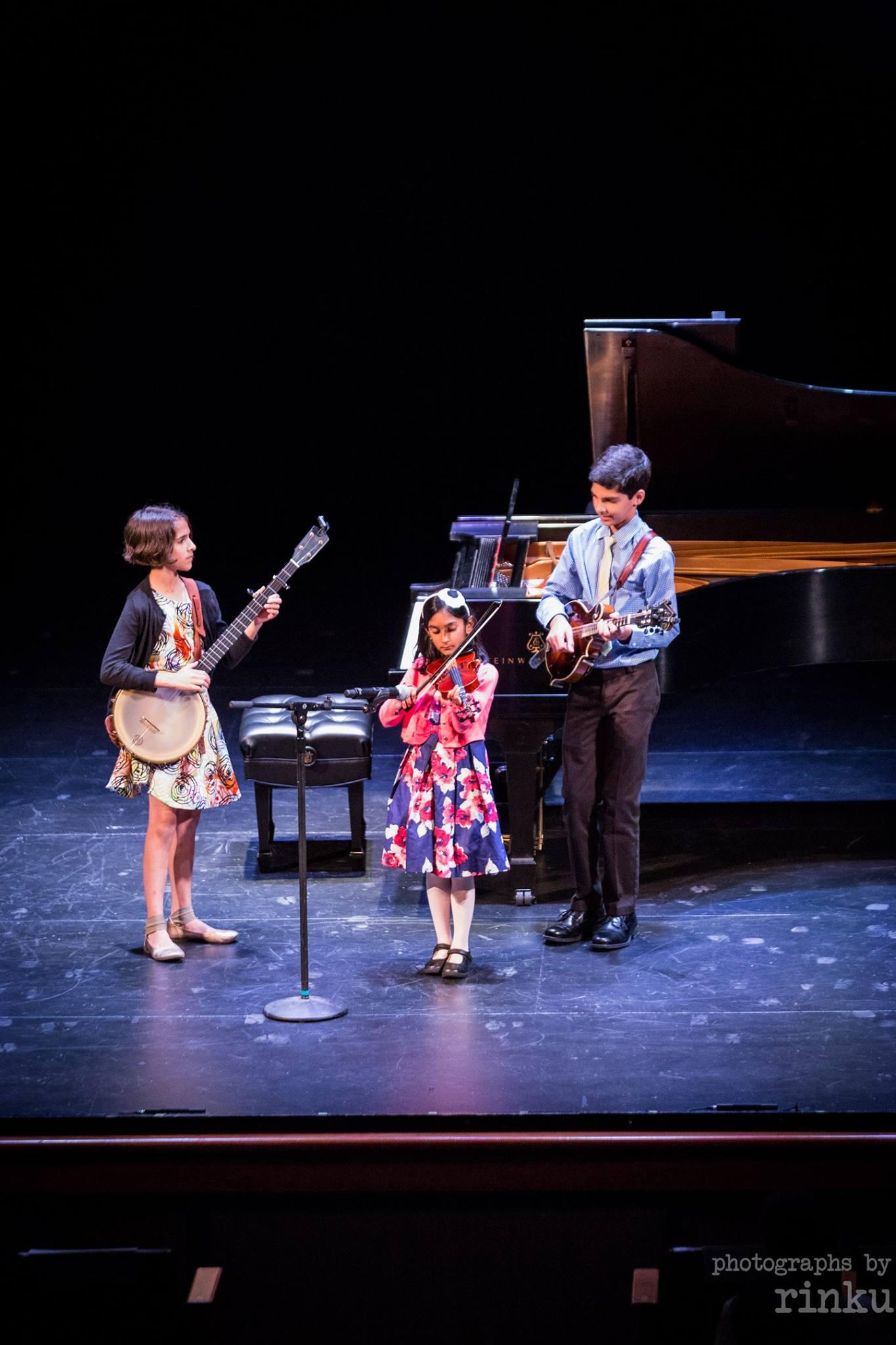 Giri and Uma Peters perform in Washington D.C.